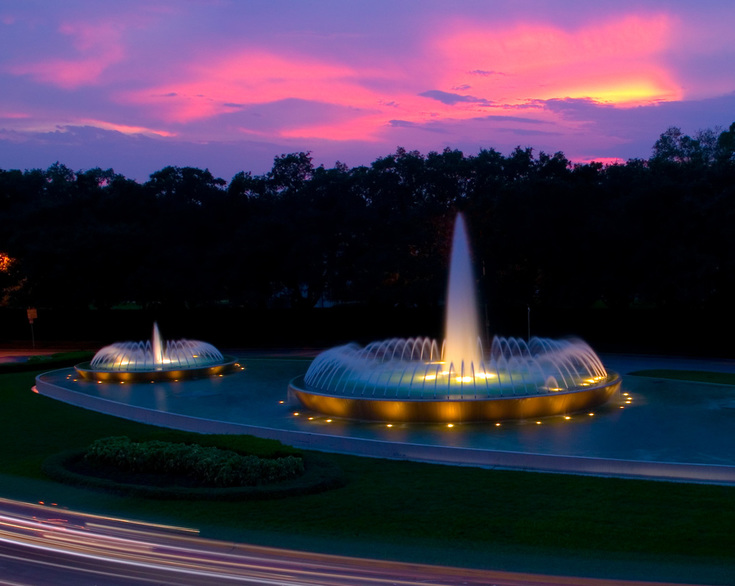 sunset photo of Mecom Fountain in Houston